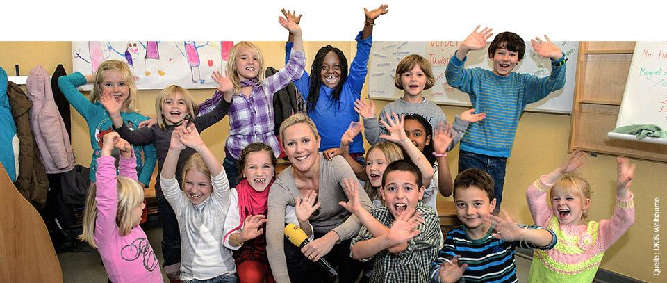 Bettina Wulff unter Kindern